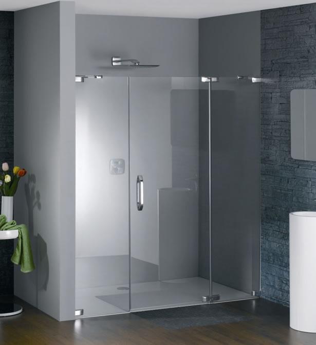 Duchas con puertas de vidrio bao con mosaico y ducha con - Puertas para duchas ...